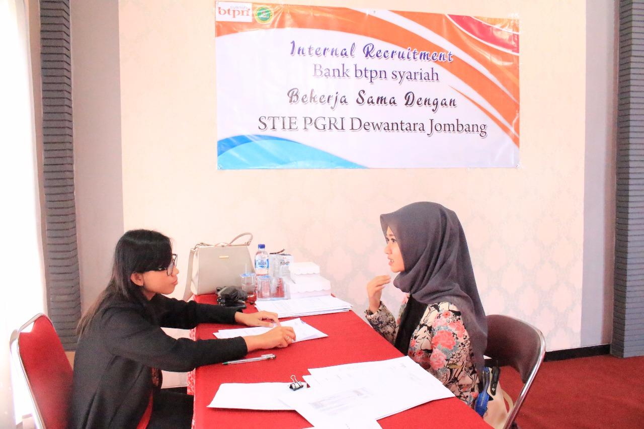 Internal Recruitment BTPN Syariah di STIE PGRI Dewantara Jombang