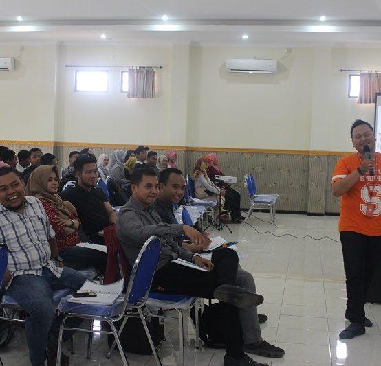 TECHNOPRENEUR CLASS SHOPEE DI STIE PGRI DEWANTARA JOMBANG