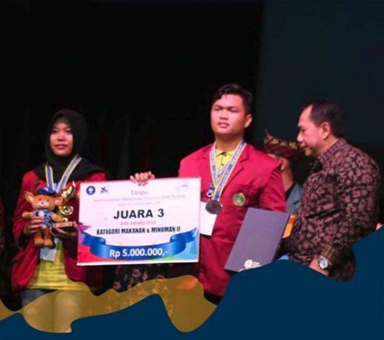 Mahasiswa STIE PGRI Dewantara Jombang Juara 3 EKSPO KMI 2018