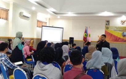 UKM SEC STIE PGRI DEWANTARA JOMBANG GELAR PELATIHAN KEWIRAUSAHAAN (MARKET PLACE)