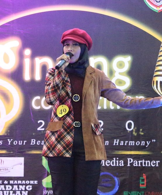 """EXPRESS YOUR BEAUTIFUL VOICE IN HARMONY"", UKM PADUAN SUARA HARMONI DEWANTARA GELAR SINGING COMPETITION 2020"