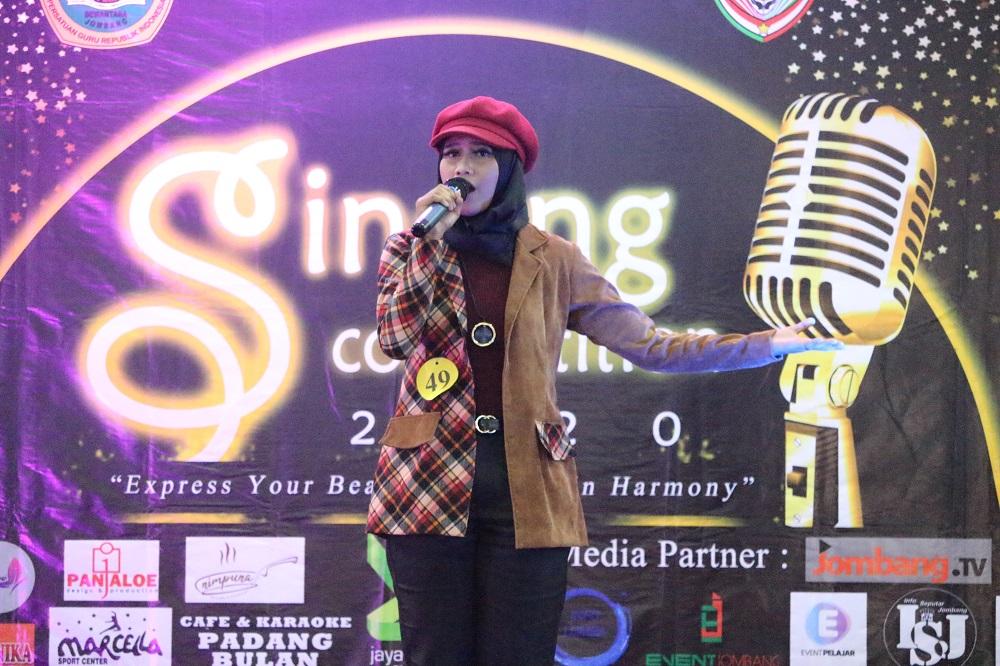 """EXPRESS YOUR BEAUTIFUL VOICE IN HARMONY"", UKM PADUAN SUARA HARMONI DEWANTARA GELAR SINGING COMPETITION 2020"